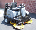 HOW DOES A FLOOR SWEEPER WORK?